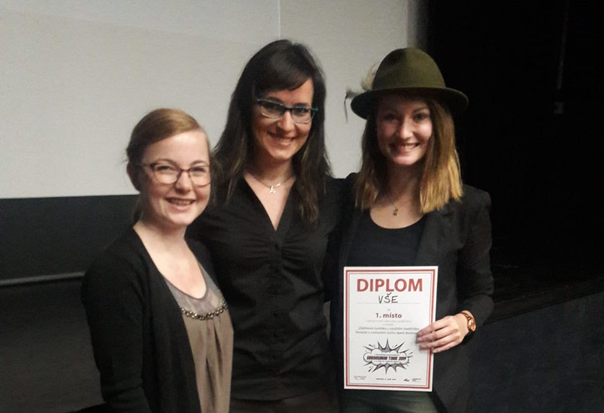 Úspěch studentek cestovního ruchu v soutěži na EuroregionTour